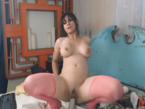 Hot Slut Babe Fuck her Pussy and Ass Hard