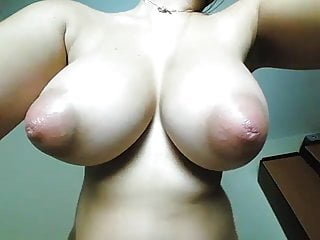 Super Sexy Tits on Cam