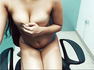 Webcam Girl striptease