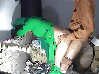 Desi mom fucked by shop keeper in back store