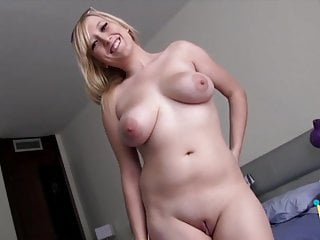 screaming blonde