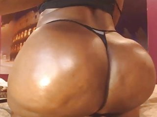 Black ass booty for days on this BBW black mamma hootie
