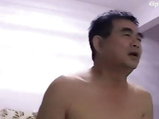 Chinese daddy shows on cam