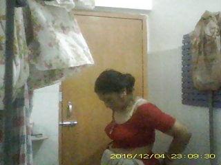 Sexy Mature Milf Mili Undressing her saree In Bathroom