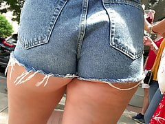 Thick Russian Blonde Jean Short Shorts (4K) 5-4-2019