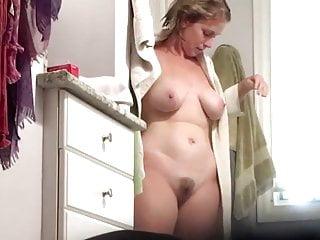 Hot Big Tits Milf after Shower-Spy Cam Clip